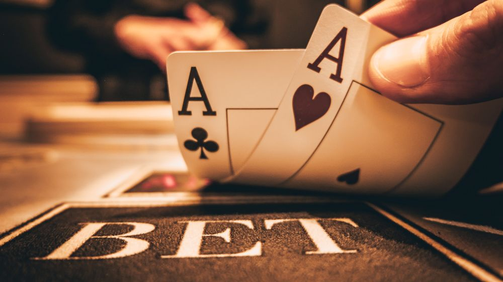 Stud And Betting In Texas Holdem Poker - Online Gambling