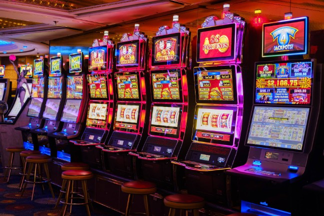 Revolutionize Your Online Casino With These Easy-peasy Suggestions