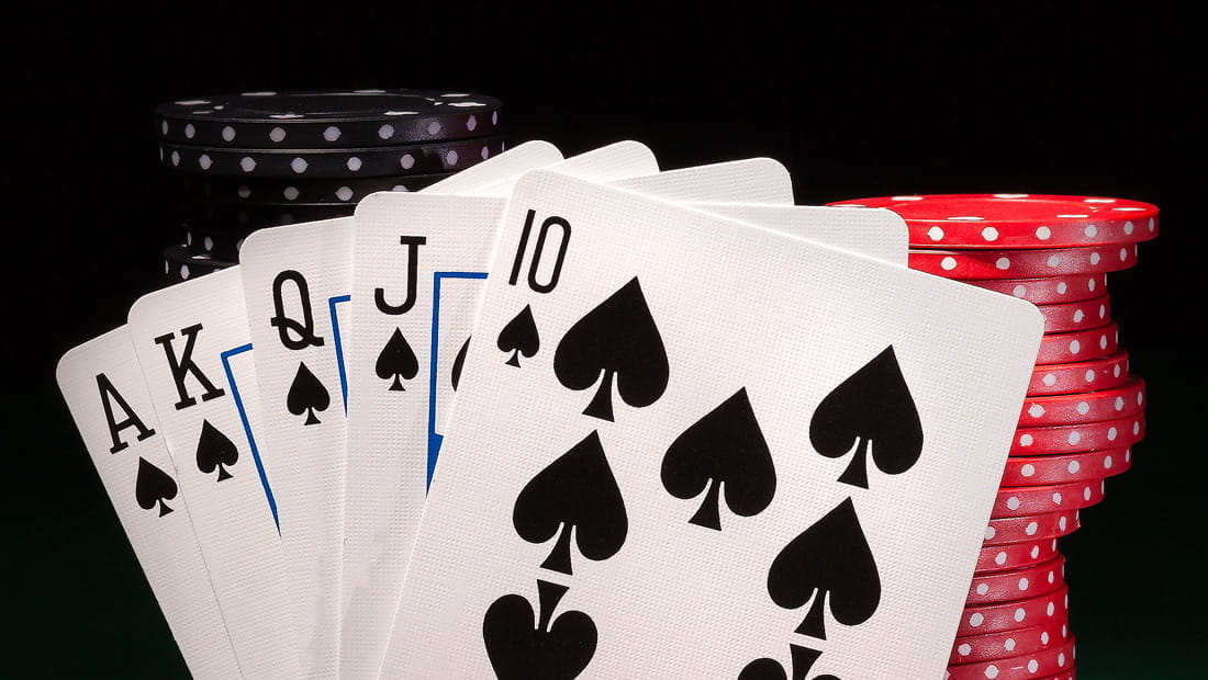 Saying About Online Casino Is Lifeless Unsuitable And Why
