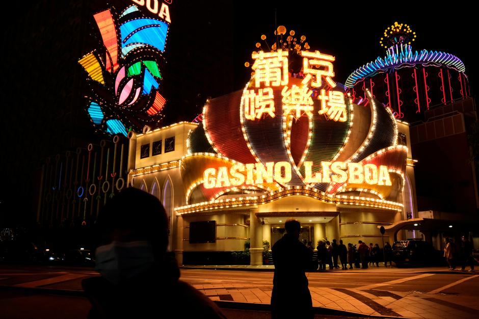 Four Issues People Hate About Casino